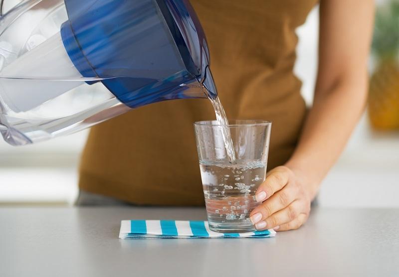 Почему не стоит кипятить воду больше одного раза